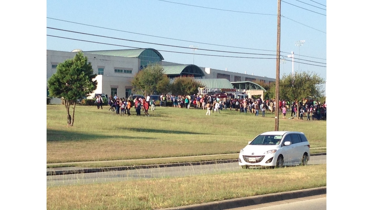 Stony Point High School Evacuated For Electrical Outage