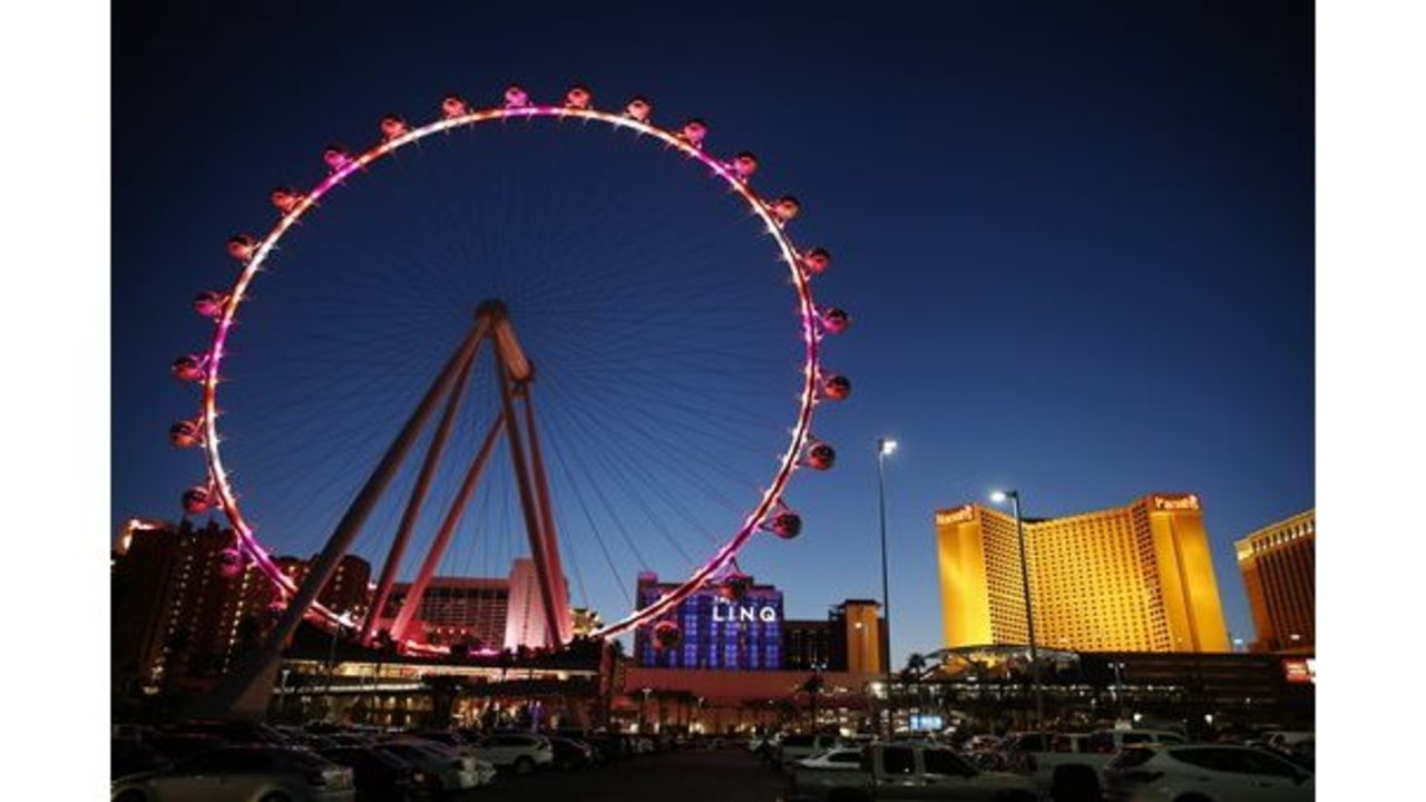 Man cited in Las Vegas Ferris wheel sex case slain in Houston