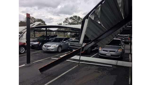 Damage at Fast Park and Ride and ABIA_422702