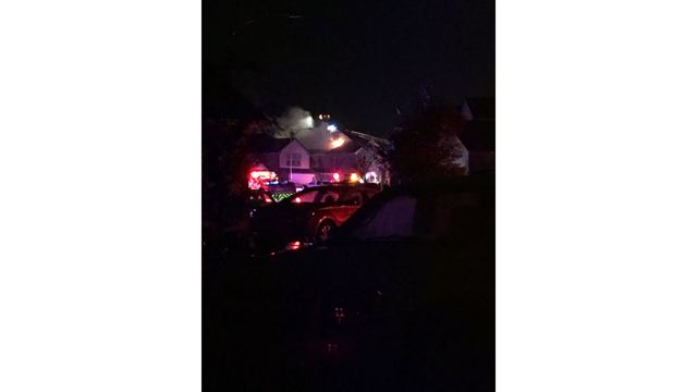 Lightning causes house fire in Austin_422352