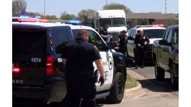 Man getting evicted hits three Lubbock police officers with his SUV - KXAN