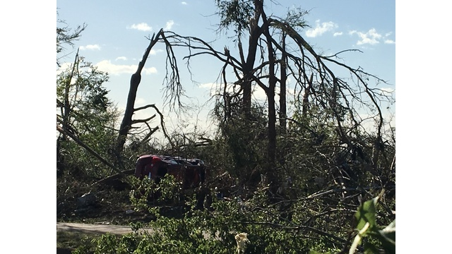Groups assist those in need after East Texas tornadoes (KXAN photo_Kylie McGivern)_463189
