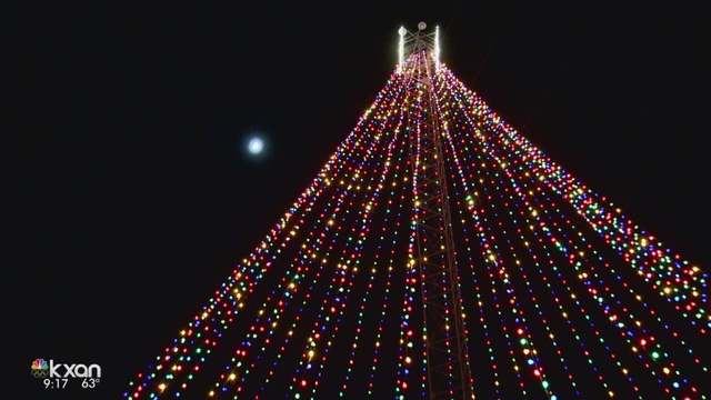 zilker holiday tree lit up to begin holiday season