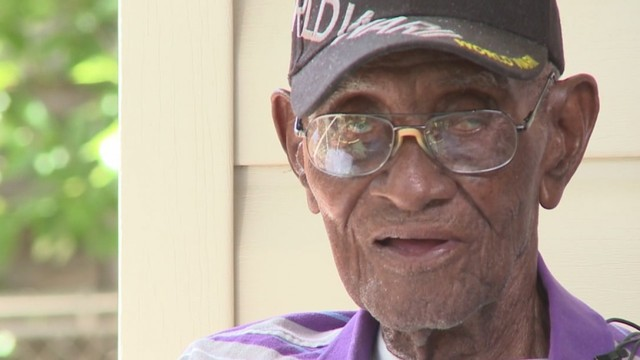 Thieves drain Richard Overton's personal bank account