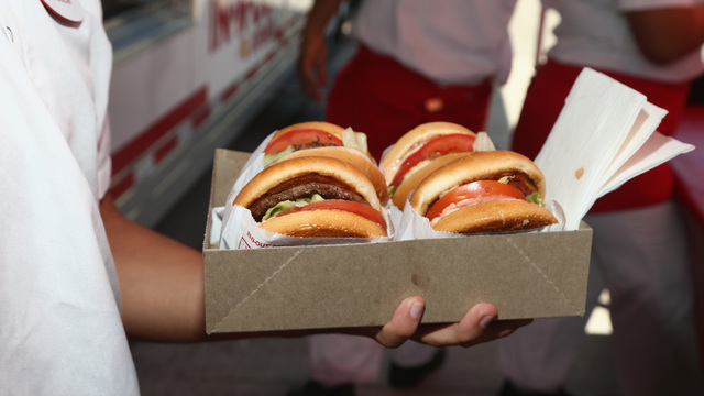 In-N-Out closes Texas restaurants for 2 days due to bun quality