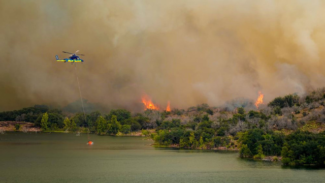 Fire forces evacuation of Inks Lake State Park