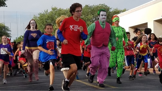 Hundreds become heroes to fundraise at CASA Superhero Run