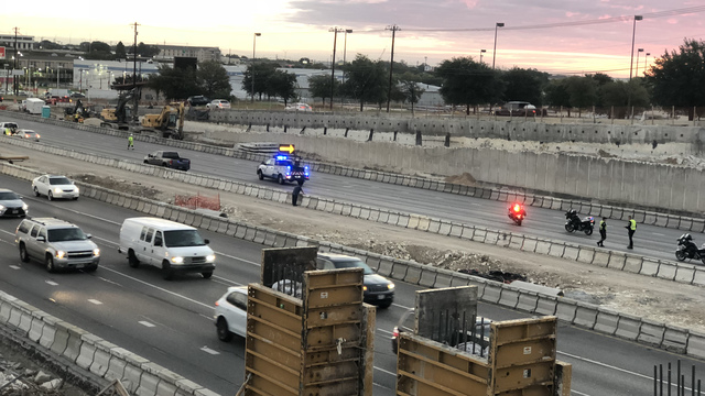 Man hit and killed on northbound I-35 in north Austin