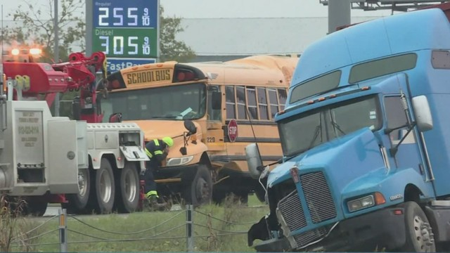 Lawsuit filed after 18-wheeler hits Bastrop ISD bus