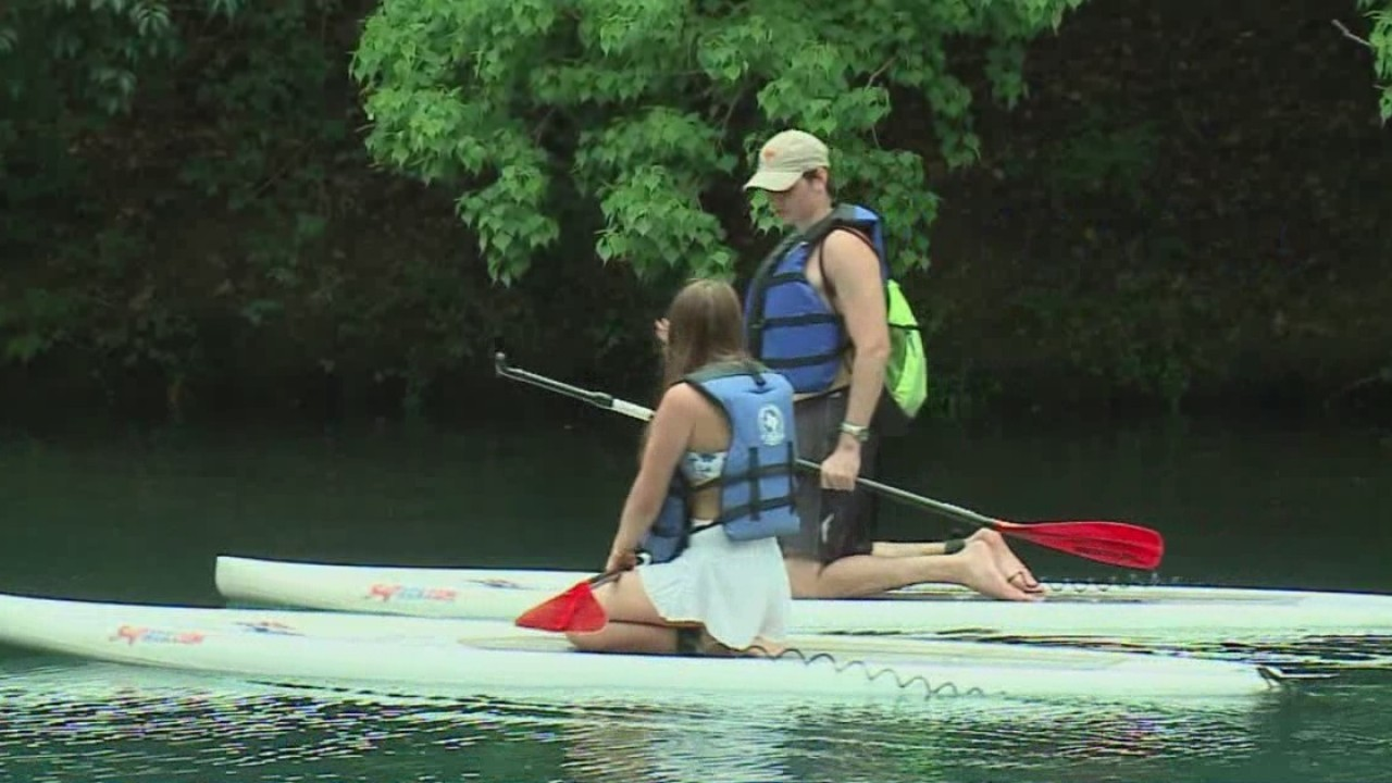 Businesses along lakes reopen after part of waterway ban lifted