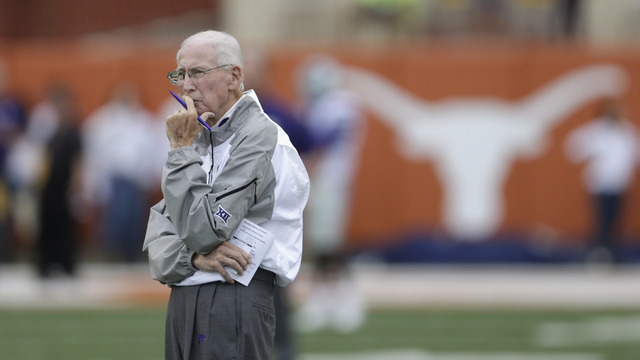 K State coach Snyder retiring after 27 seasons, 215 wins