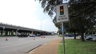 Bill banning red light cameras in Texas heads to the governor's desk