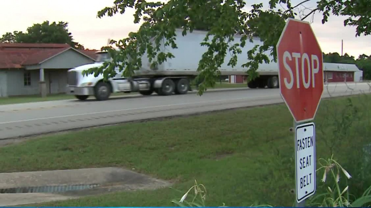Investigators search for driver of 18-wheeler in hit and run